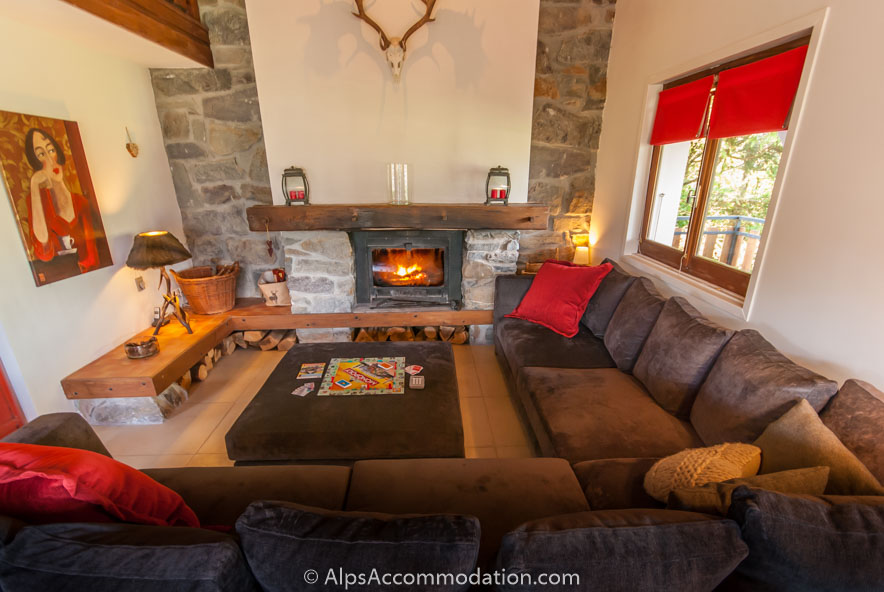 Chalet Eglantine Samoens   Living area with fireplace