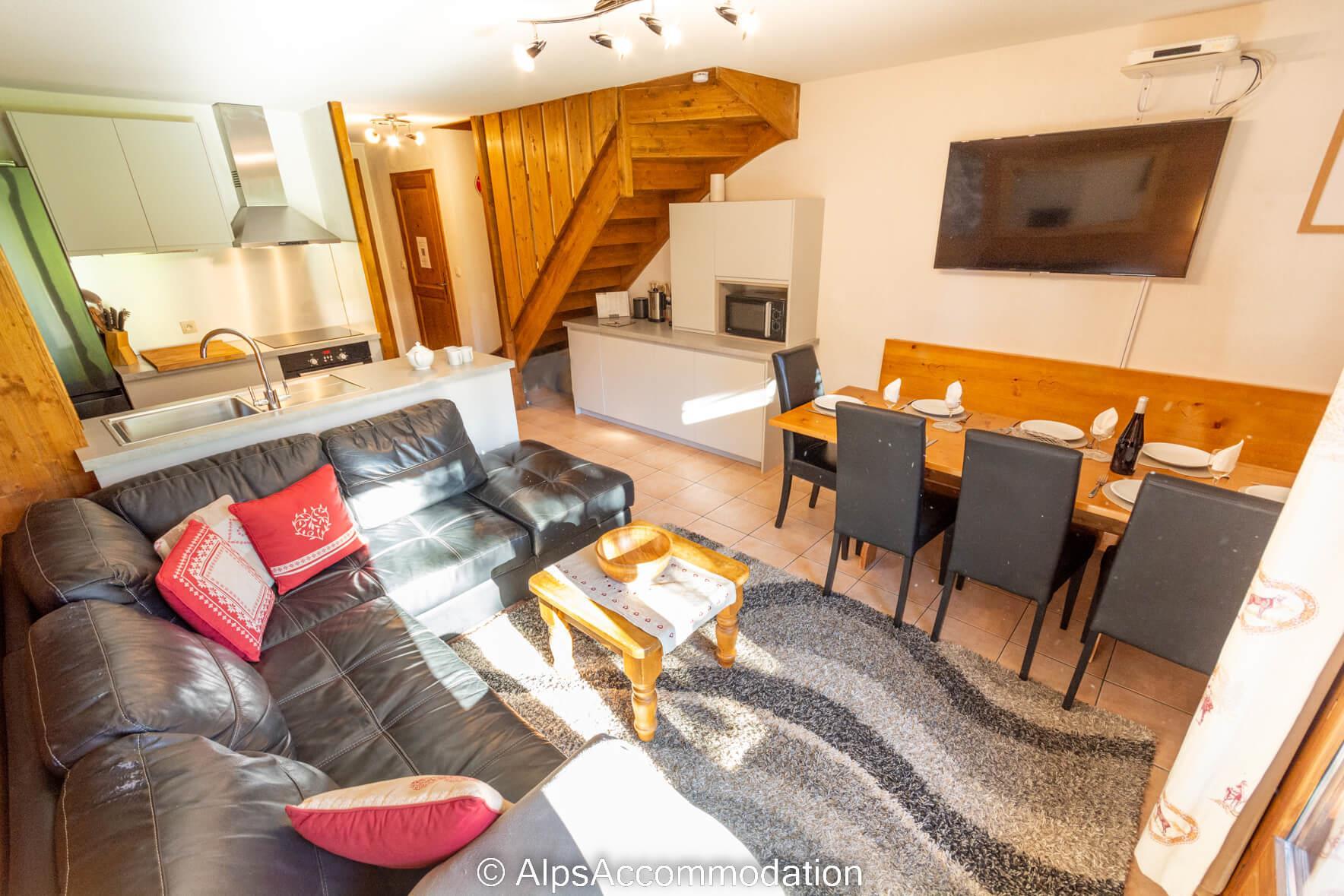 Les fermes de samoens e4 samoens piscine sauna et hammam for Piscine samoens