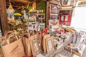 Shopping in Samoens