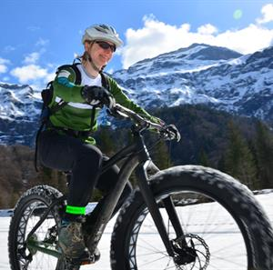 Winter fat biking in Samoens