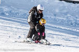 Young children skiing in Samoens