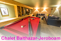Spacious 8/9 bedroom chalet in Samoens with hot tub a short walk from the village centre