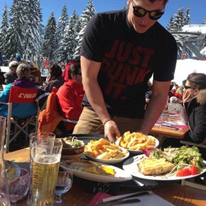 Lunch at the Igloo in Morillon?